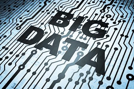 """Schriftzug """"Big Data"""" auf Platine"""